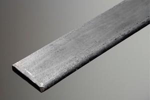 Barra chata de aço